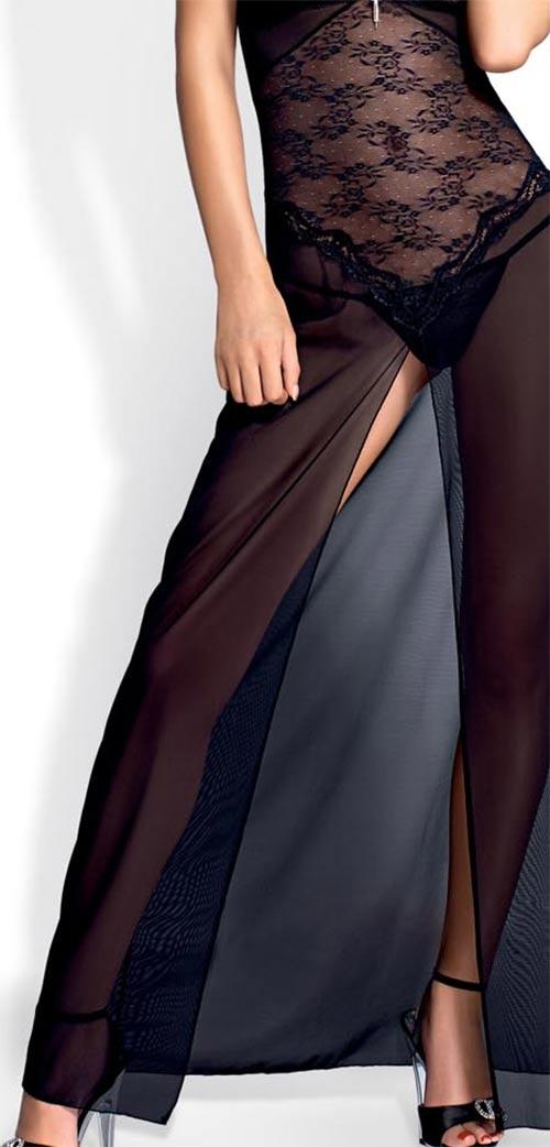 Průhledný župan připomínající dlouhé šaty