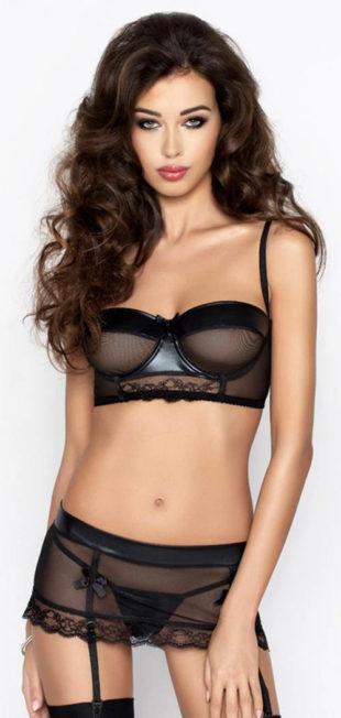 Erotický komplet s latexovými detaily a krajkou